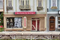 """Bahnhofstrasse 3 - das """"Center für die Frau"""""""